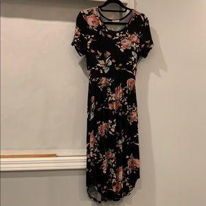 EUC mid length maxi dress